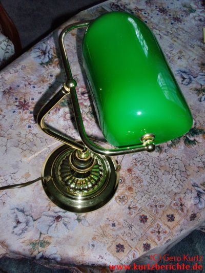 erfahrungsbericht zur bankers lamp banker lampe. Black Bedroom Furniture Sets. Home Design Ideas
