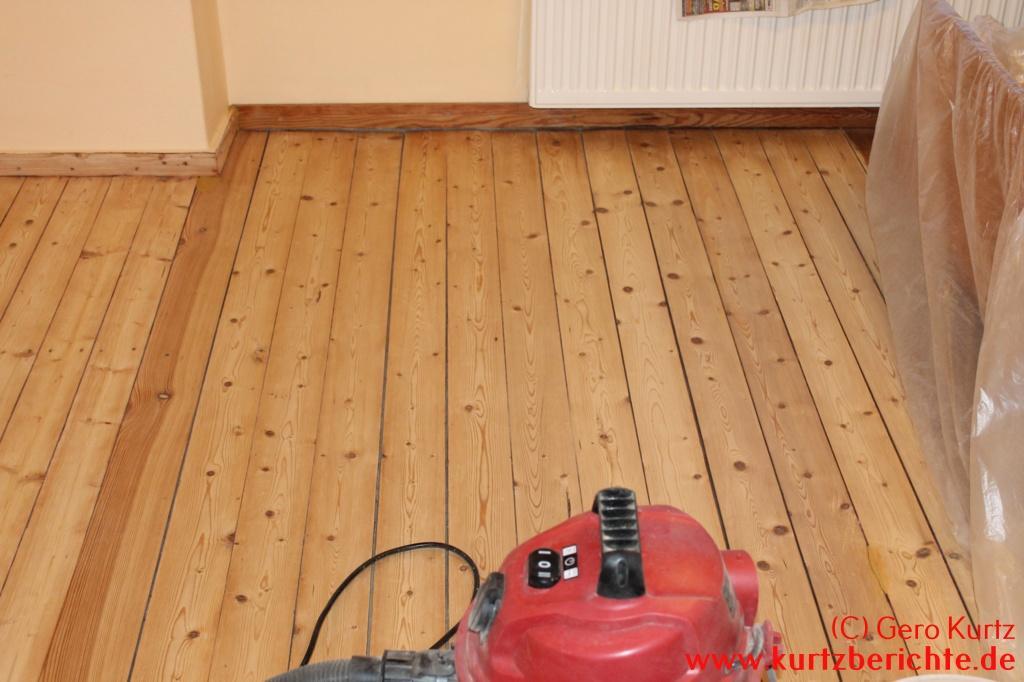 Holzfußboden Streichen ~ Holzfußboden streichen holzdielen weiß lackieren anleitung in